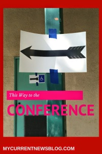 An arrow leading to the blogging conference